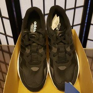 Adidas yung-96 size 11